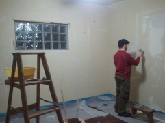 Living Room with no glue and Q mudding the walls