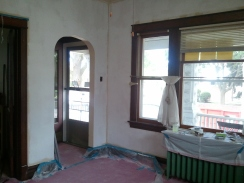 Living room with 1 coat of primer (2)